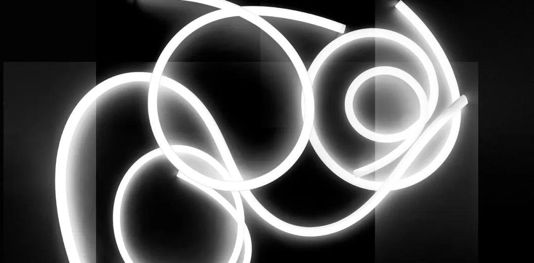 �型照明火到∴�F在,都有然而哪些好�a品能��O���意�\上添花?